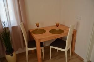 Ferienwohnungen Jungbludt Wohnung 2 Essecke